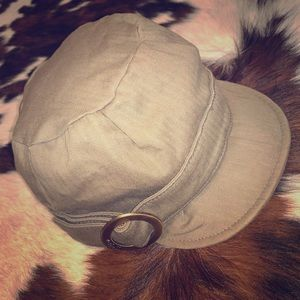 Brixton military style hat. Olive green